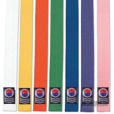 tying karate belts
